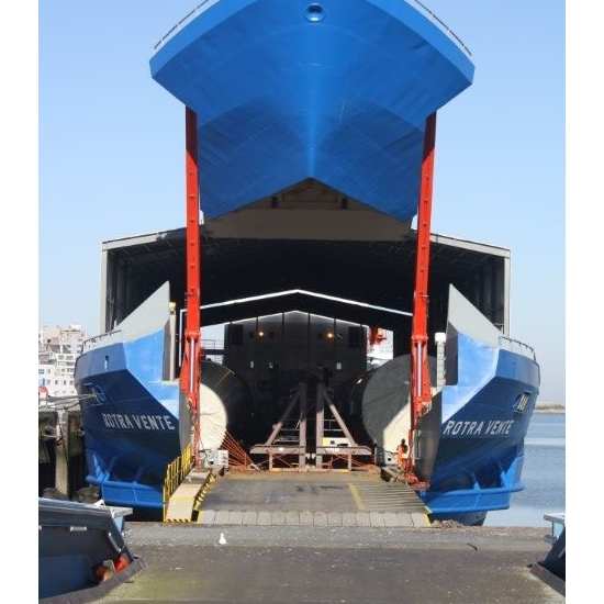 Oostende (BE)   SEAMADE NV kondigt aankomst aan van de eerste 2 torens voor SeaMade OWF in de haven van Oostende